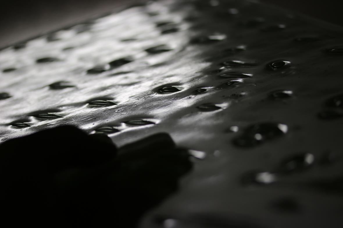 Verre artistique renfermant des bulles d'air